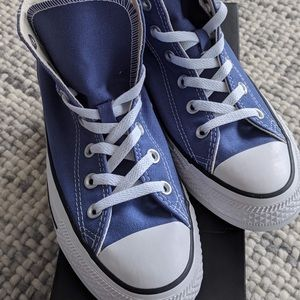 Women's BRAND NEW Converse High Tops, size 8